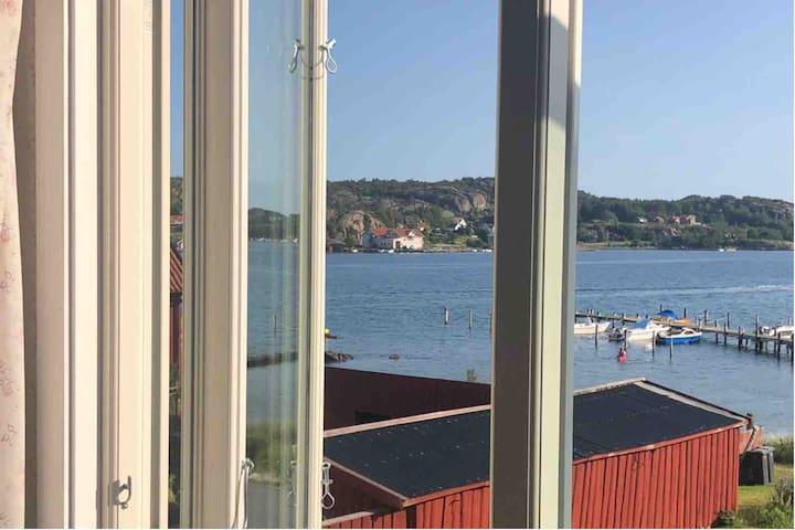 Härligt boende direkt vid havet i Gerlesborg!