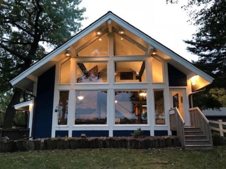 Beautiful 2 Story Lake Front Home on Bass Lake