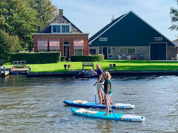 Landelijk verblijf aan Friese Elfstedenroute