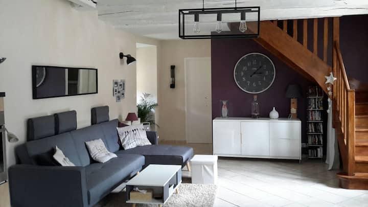 Bel appartement calme en centre ville de Chalon