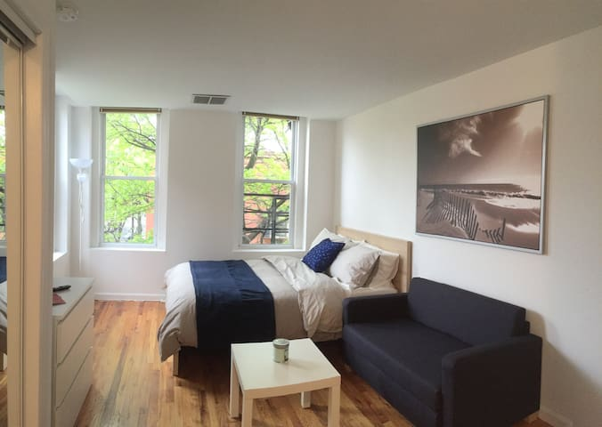 Studio in the heart of Hoboken!