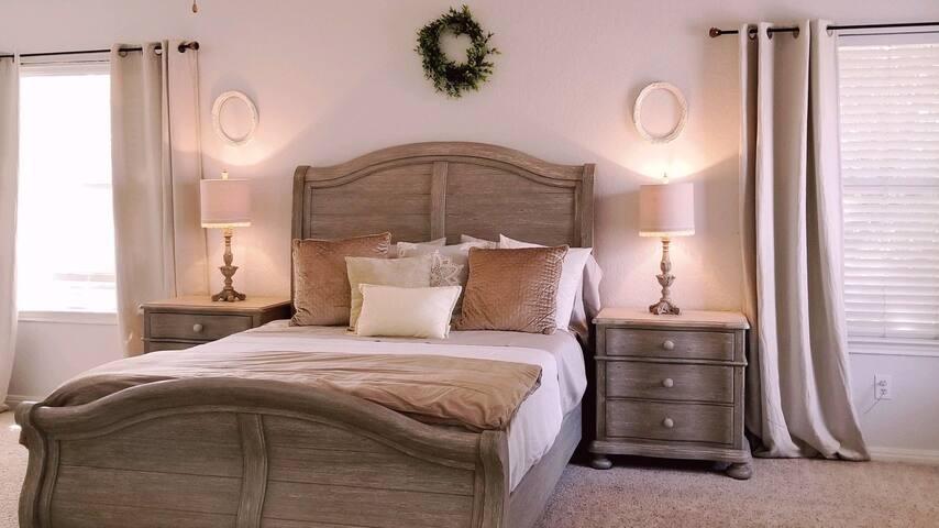 Family, Rest, Rejuvenate Lg Master Bedroom