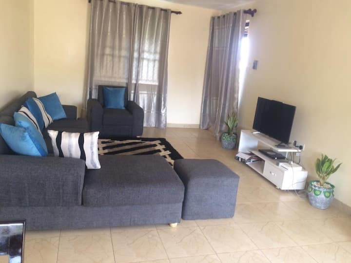 Beautiful holiday apartment 10mins from Kampala