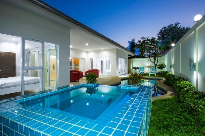 Tortuga Villa Pattaya, Pool & Jacuzzi, 3 bdr#151