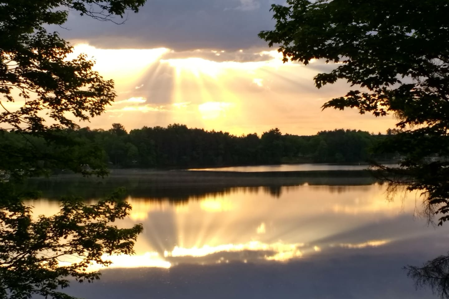 """""""Here Comes the Sun"""" over Lake Minnesuing"""
