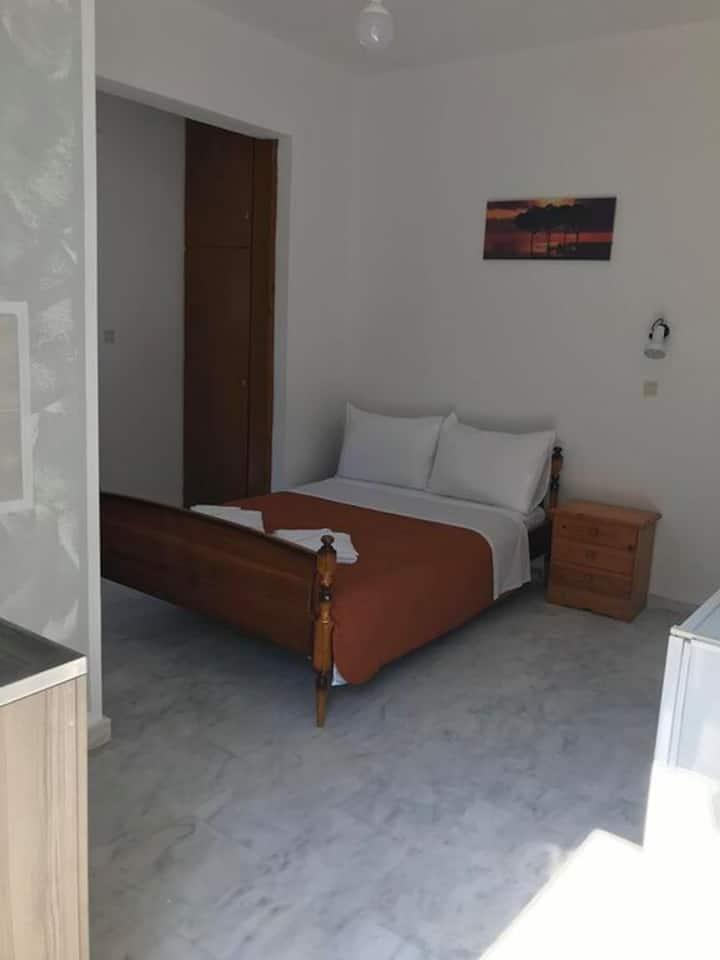 Kessaris Apartments 5