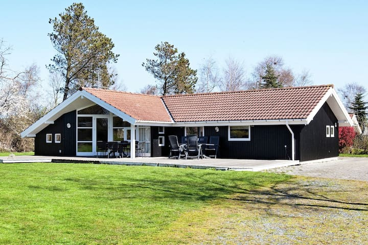 10 person holiday home in Slagelse