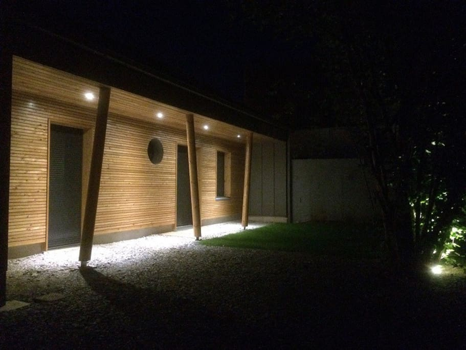 maison neuve d 39 architecte la rochelle houses for rent. Black Bedroom Furniture Sets. Home Design Ideas