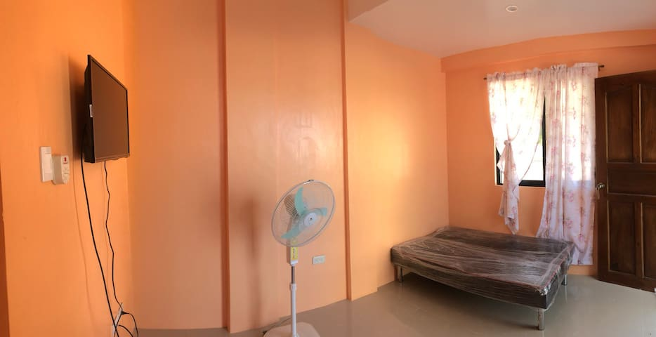 VILLA 8 ( Room with CR , TV & AC )