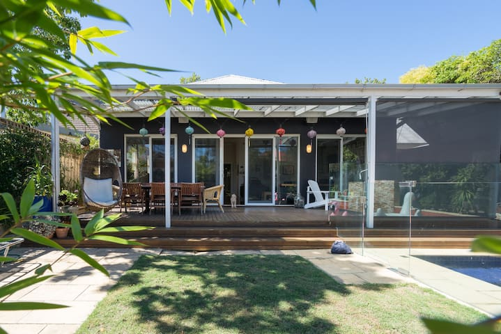 Elwood/St Kilda home with swimming pool - Elwood - House