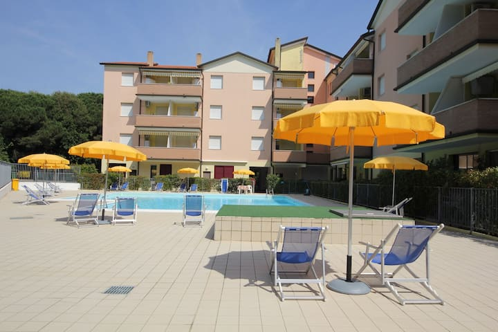apartment for 4+2 persons with pool R32992