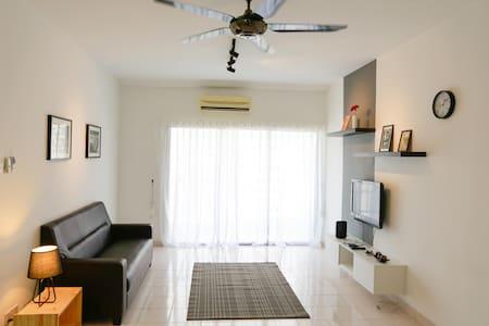 New Cozy Apartment in Kuala Lumpur - Kuala Lumpur