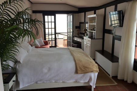 Historic Beach House Apartment. - Swakopmund - Talo