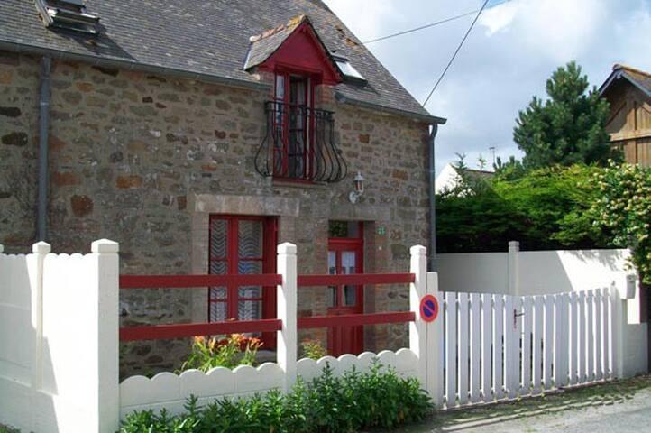 Mont Saint Michel-Maison de pêcheur