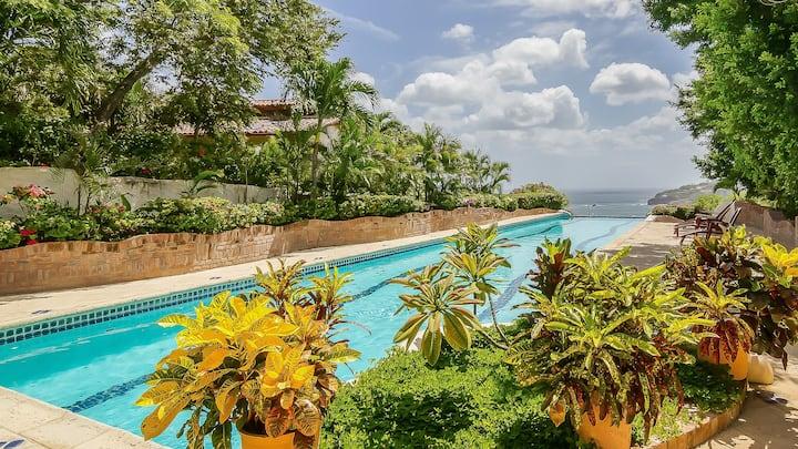 Private Resort Villa in Pelican Eyes - Sleeps 6