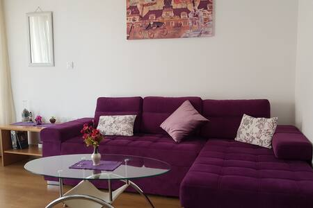 Budva Sea View Apartment, 150m to beach, no. 1