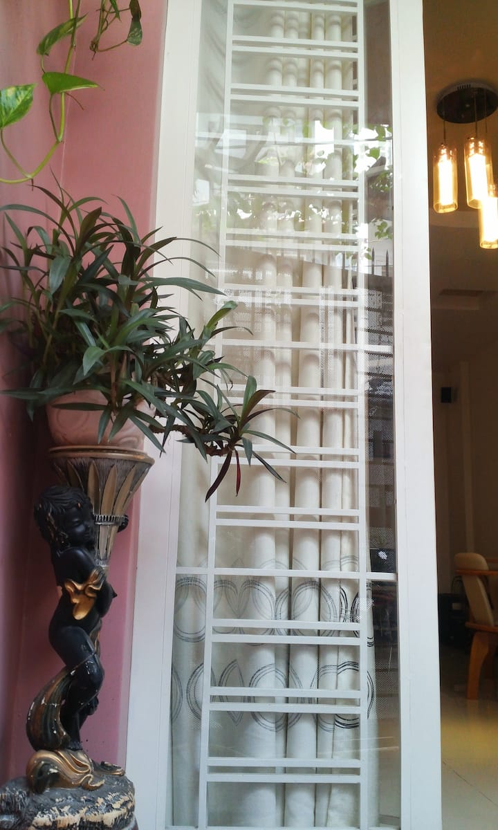 Tulip's Quiet,Cozy House - 10 mins to District 1
