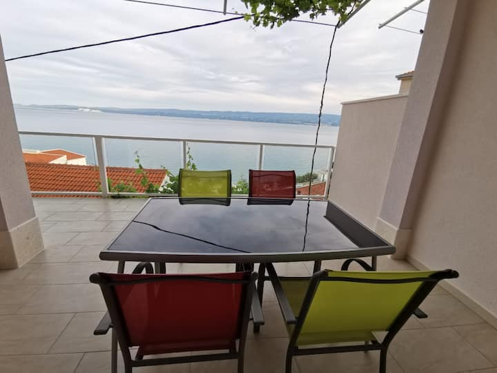 Apartments Hope - Comfort One-Bedroom Apartment with Terrace and Sea View
