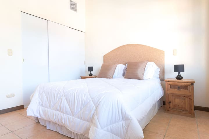 COMFORTABLE HOUSE IN TIERRA DEL SOL RESORT & GOLF