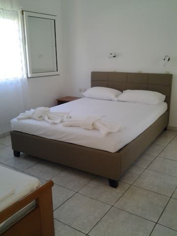 Stavros & Sotiria Rooms -Thassos - Potos - House
