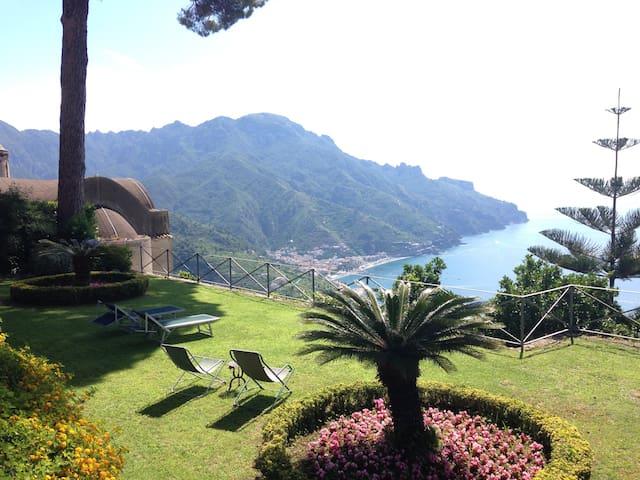 Villa Dei pini - Ravello - Hus