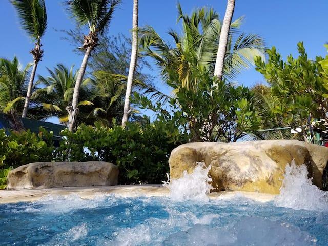 Private Beachfront Home  - Weather Guarantee*