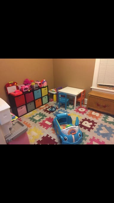 Kid/Baby Play room