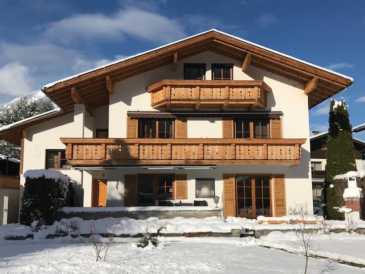 Chalet Schneehaus for 4-6 p. in Ehrwald /topfloor