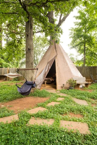 Spacious Tepee in the City, with AC