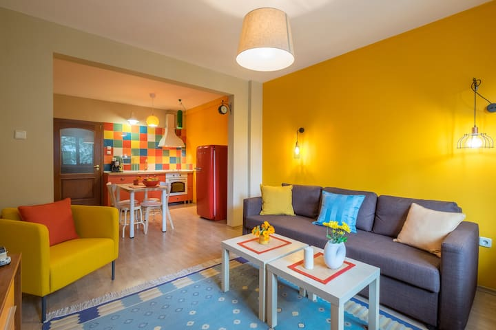 ♥New colorful flat in the heart of the city ♥