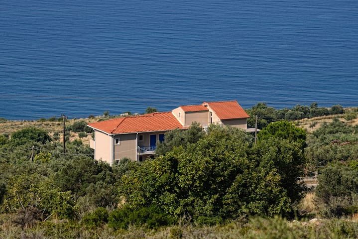 KEFALONIAN RETREATS SEA VIEW APARTMENT A1