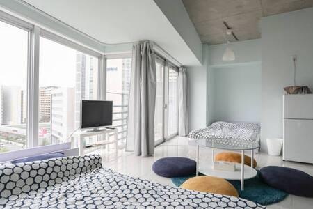 是9 NEW! Modern room! 5 min Dotonbori JR Namba 1min - Naniwa-ku, Ōsaka-shi - อพาร์ทเมนท์