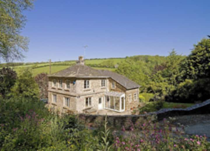 Clanacombe Lodge (3 bedroom cottage near Bantham)