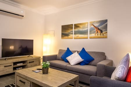 THE AFRICAN SAFARI - near PERTH CBD & Cafe Strip - Victoria Park - Apartamento