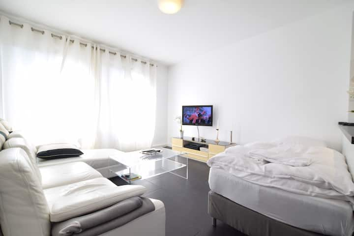 Tolstov-Hotels Old Town Apartment