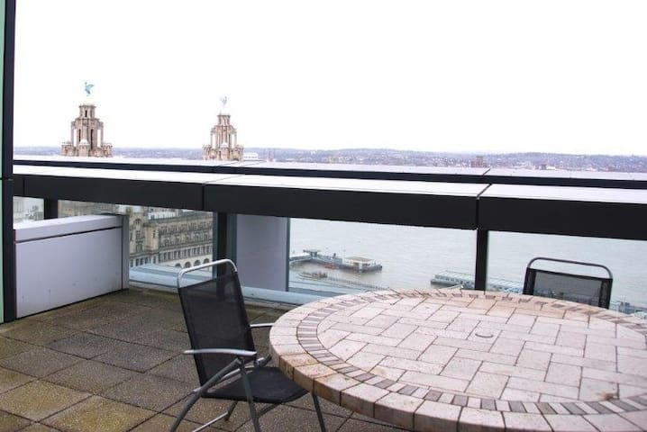 Luxury City Centre Penthouse Apartment 4 Rooms - Liverpool - Apartemen