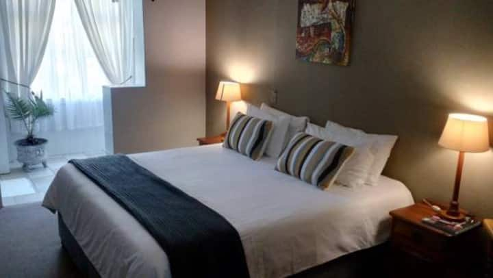 Selborne Bed and Breakfast, Room 3A