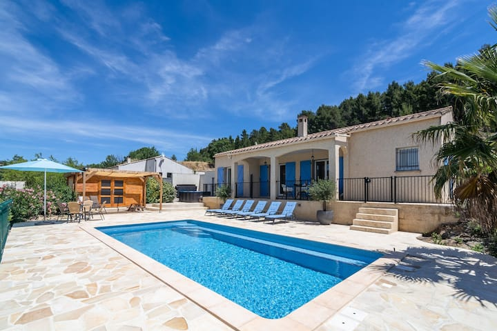 Holiday villa with aircon, Jacuzzi, private swimming pool, playground and more