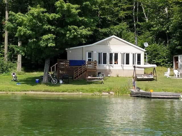 Fishing Paradise - Clean, Comfy, Relaxing Cottage