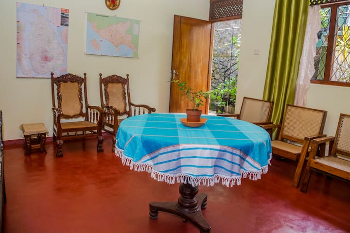 Roshluck Apartment - Galle - Apartamento