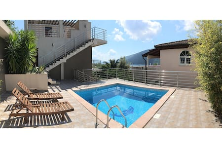 Superb View & Pool Apartment (2nd floor) - Flat
