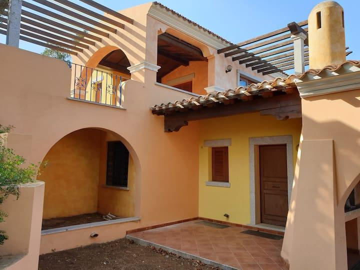 Villa con veranda panoramica sulla baia - B1