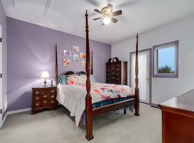 Summit Retreat - 420 friendly - Luxury Room
