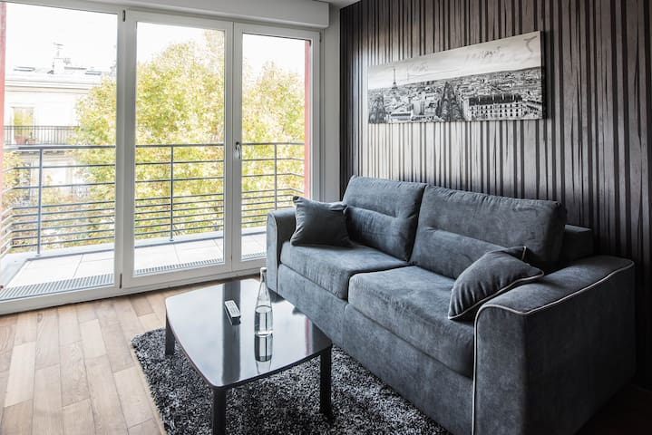 New 1 Bedroom & balcony flat 203 - Clichy