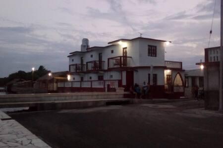 LA CASITA DEL MALECON PUERTO PADRE