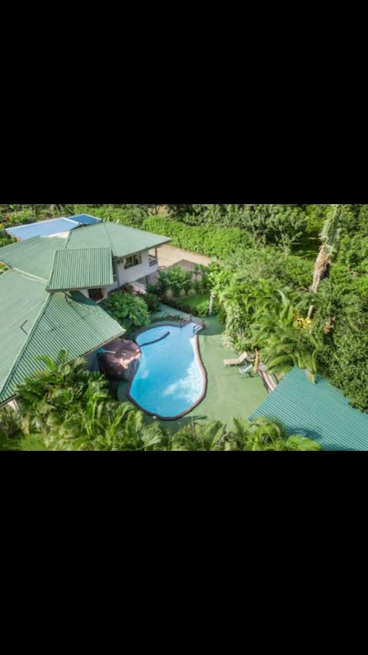 Big Finca with Huge Pool and BBQ Zone