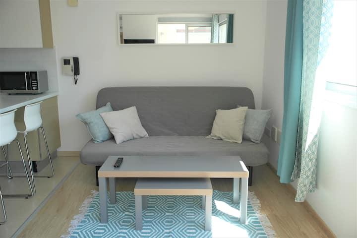 Modern side sea view beach apartment PEARL