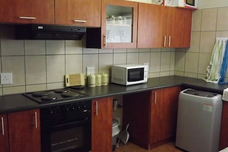Cosy 2 bedroomed self catering flat - Long Beach,Walvis Bay - Huoneisto