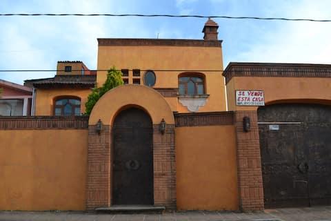 Casa mexicana cerca aguas termales. Jerahuaro mich