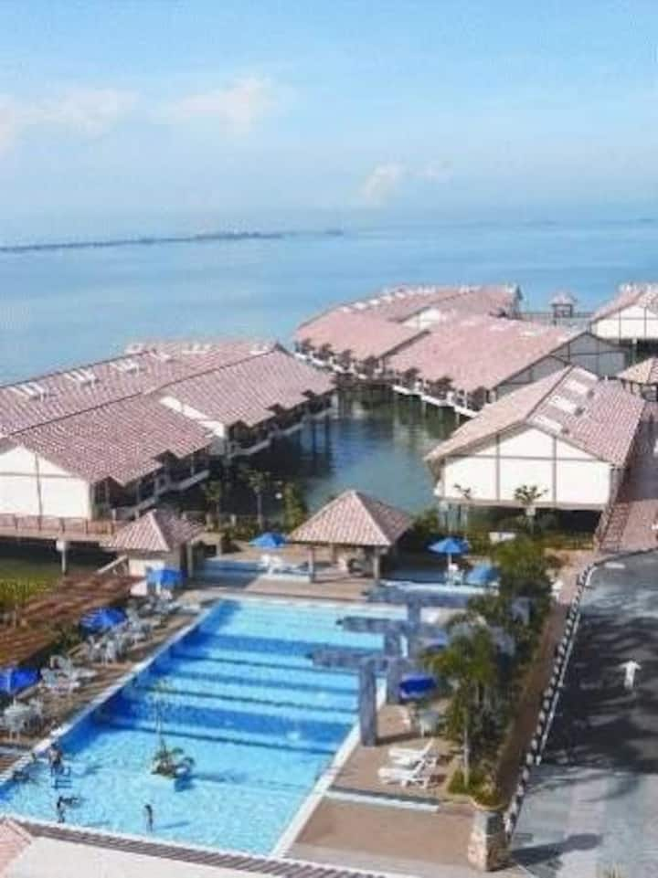 Lexis Port Dickson water chalet 5 no private pool